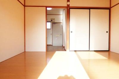 【居間・リビング】コーポスカイビュー