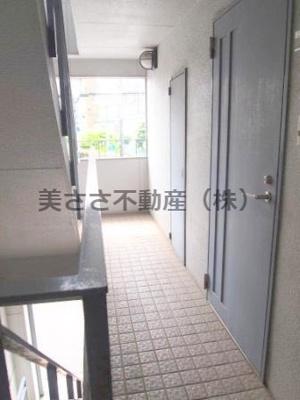 【ロビー】A&U明神町