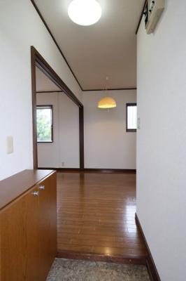 【玄関】長谷川ハイツ