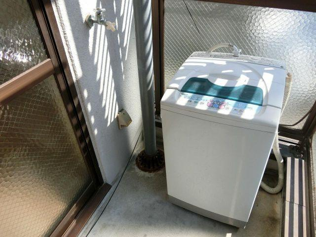ハイツガルソン 洗濯機置場