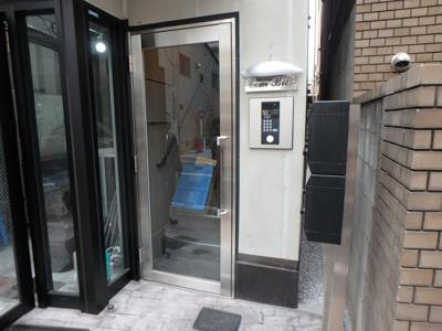 【玄関】COMビル