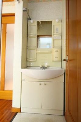 【独立洗面台】清水アパート