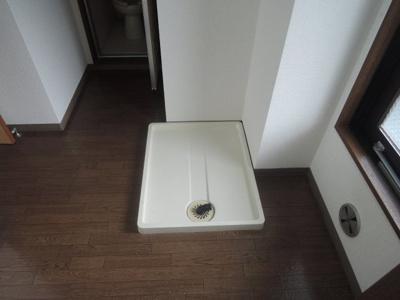 洗濯機置場※写真は303号室使用