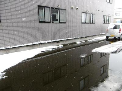 水で消雪しているので冬も安心です