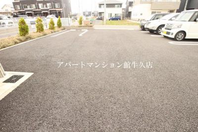 【駐車場】カーサ・ドマーニⅢ