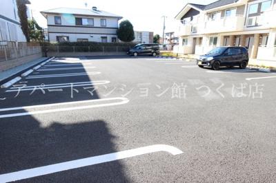 【駐車場】リアン レーブⅡ