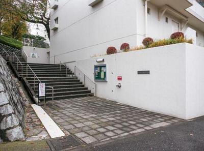 東急田園都市線「青葉台」駅徒歩5分と好立地!