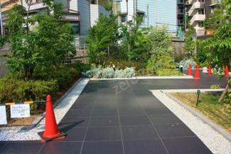 JR阪和線「上野芝」駅徒歩9分 落ち着きのあるマンションです