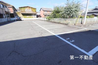 【駐車場】ツインヴィレッジ西脇A棟