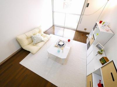 落ち着きのある明るい居室