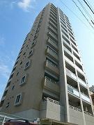 地上15階建です。