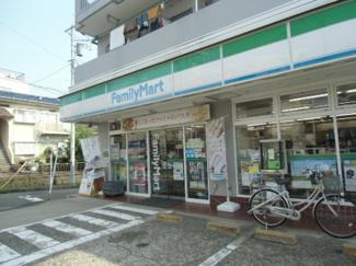 ファミリーマート川崎向ケ丘店