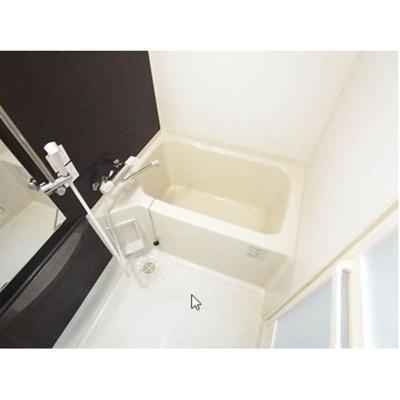 【浴室】ロイヤルリバービュー143