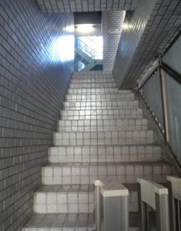 倉澤ビル エレベータは2階からになります