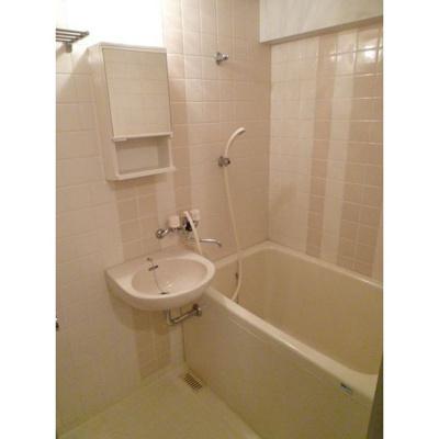 【浴室】フォーラム日赤通り前