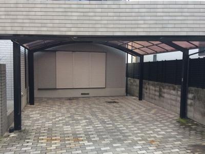 【駐車場】東奈良1丁目中古2世帯住宅