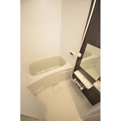 【浴室】シエロガーデン折立