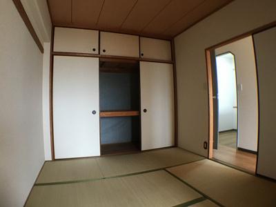 【寝室】カサエステ1番館