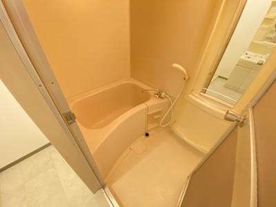 【浴室】レインボー大東