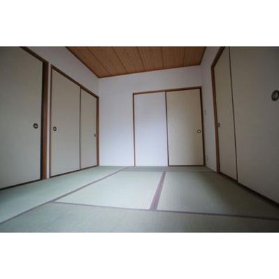 【内装】ハピネス岩崎