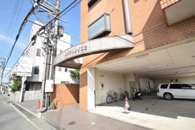 【エントランス】メゾンソレイユ2号館 (株)Roots
