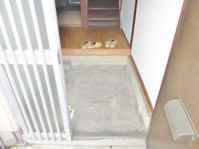 【玄関】法善寺2丁目貸家