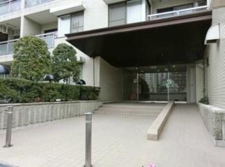 港区三田4丁目 リノベーションマンション ノア三田 エントランス