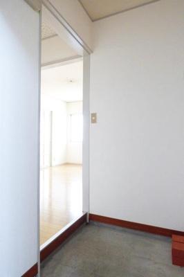 【玄関】イーグルホワイト