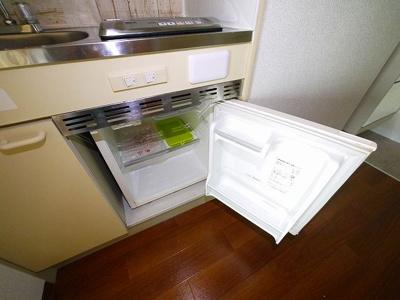 ミニ冷蔵庫もついてます。