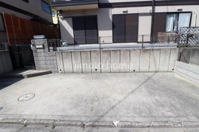 【駐車場】箕面市粟生新家3丁目テラスハウス