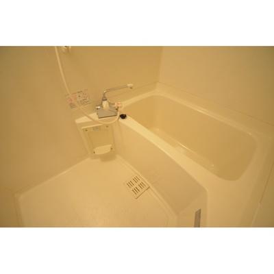 【浴室】アヴェニール山荘通り