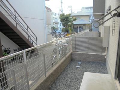 【庭】アゴーラ針中野
