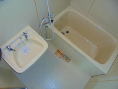 【浴室】レバンガ湯里アパートメント