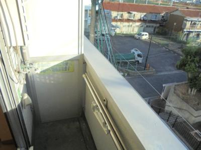 バルコニー 洗濯機置場