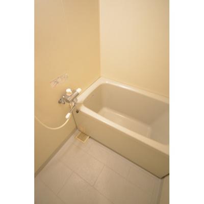【浴室】ピオーネテラス空港南