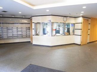 世田谷区池尻3丁目 リノベーションマンション 「駒場ネオパレス」 エントランス