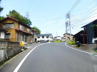 【前面道路含む現地写真】津山市小田中 売土地174坪