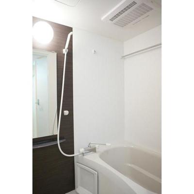 リブリ・MYUの浴室
