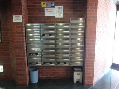 鶯谷ハイム 共用廊下
