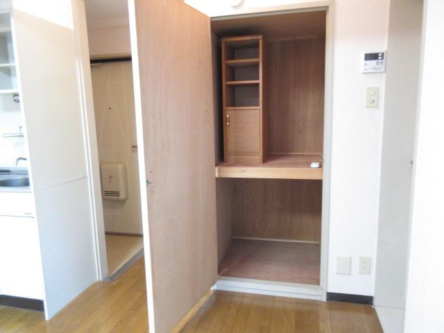 【洋室】シャレーヤマナカ