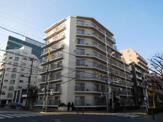 大田区西蒲田7丁目 リノベーションマンション 西蒲田ファミリーマンション302 西蒲田ファミリーマンションの外観です。
