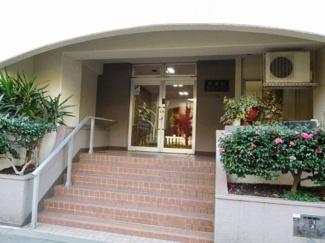 大田区西蒲田7丁目 リノベーションマンション 西蒲田ファミリーマンション302 こちらがエントランス部分です