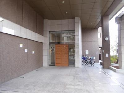 【エントランス】コスモシティガーデンズ城東