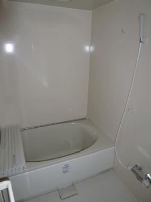 【浴室】ランドハウス泉