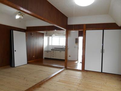 平良アパート
