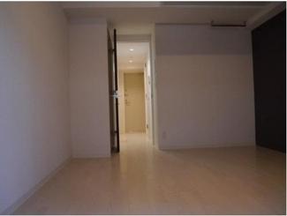 【コンフォリア扇町】個人の部屋や寝室として使える洋室です