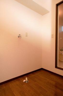 フィールドエッヂC101号室 洗濯置き場