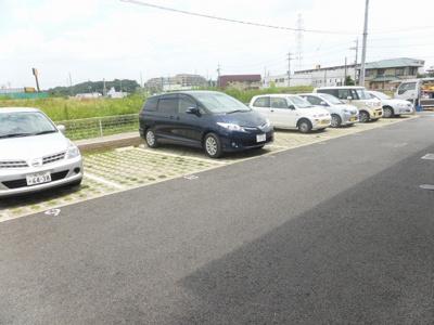 【駐車場】エクセレントファミリー柏の葉