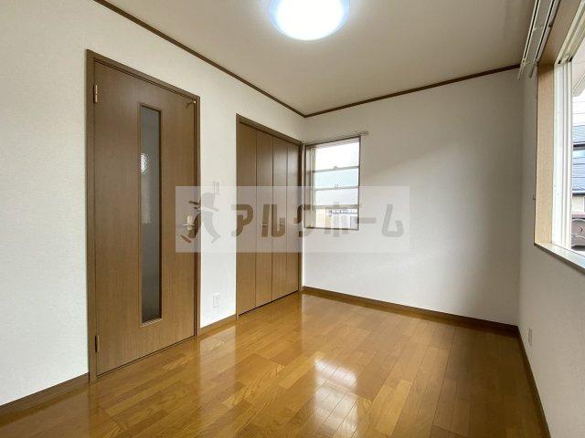 このお部屋もしっかり2面採光