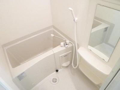 【浴室】クリスタルブライト谷町